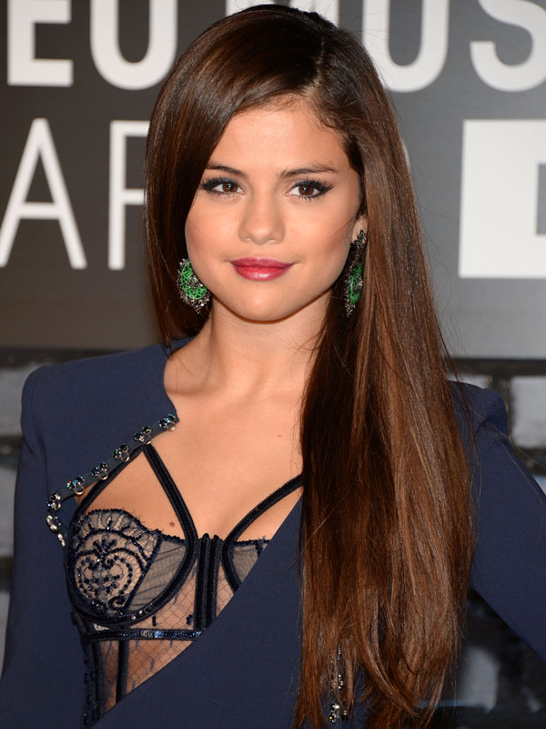 Selena-Gomez-MTV-Video-Music-Awards-2013